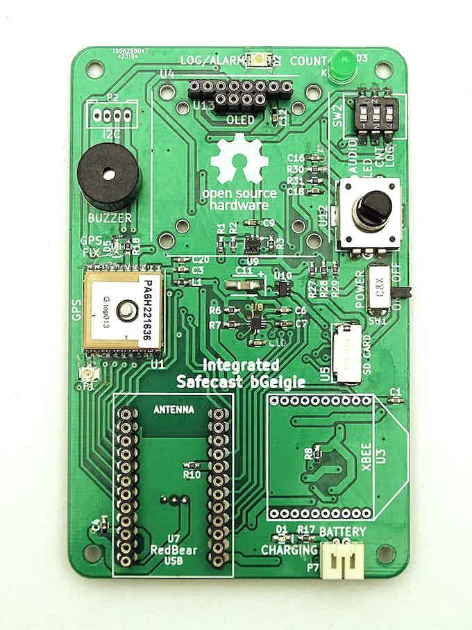 bGeigie Raku board, with parts pre-soldered