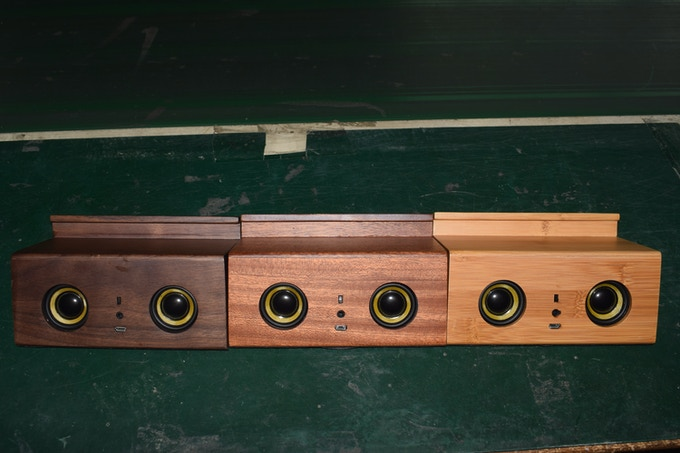 Housings in different materials were tested before we finally decided for the natural carbonized bamboo look