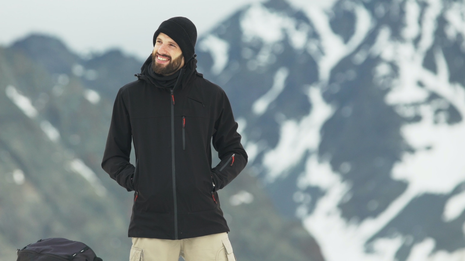 An incredible jacket for adventurers, with innovative features, 16 pockets and super premium quality in every stitch.