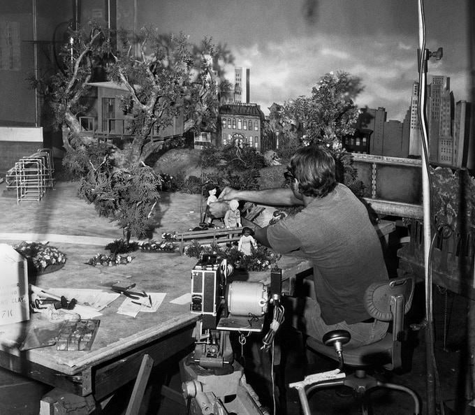 Harry Walton Works on a Classic Animation Scene