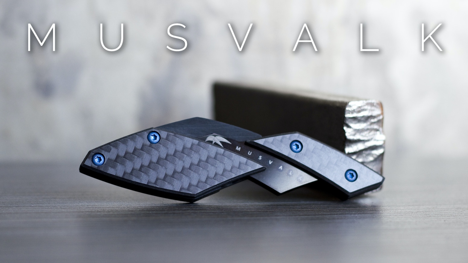 A little knife made from materials found in spacecrafts: advanced ceramics, titanium and carbon fiber.
