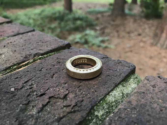 Engraved Gold Vinci Ring