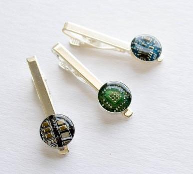 d2756b07921c Crafting Colorful Circuit Board Jewelry by Amanda Preske — Kickstarter