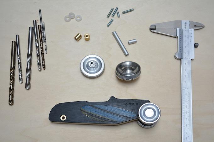 All parts are designed with quality material and solutions to make cars durable /  Todas las piezas están diseñadas con materiales y soluciones de calidad para hacer que los coches sean duraderos