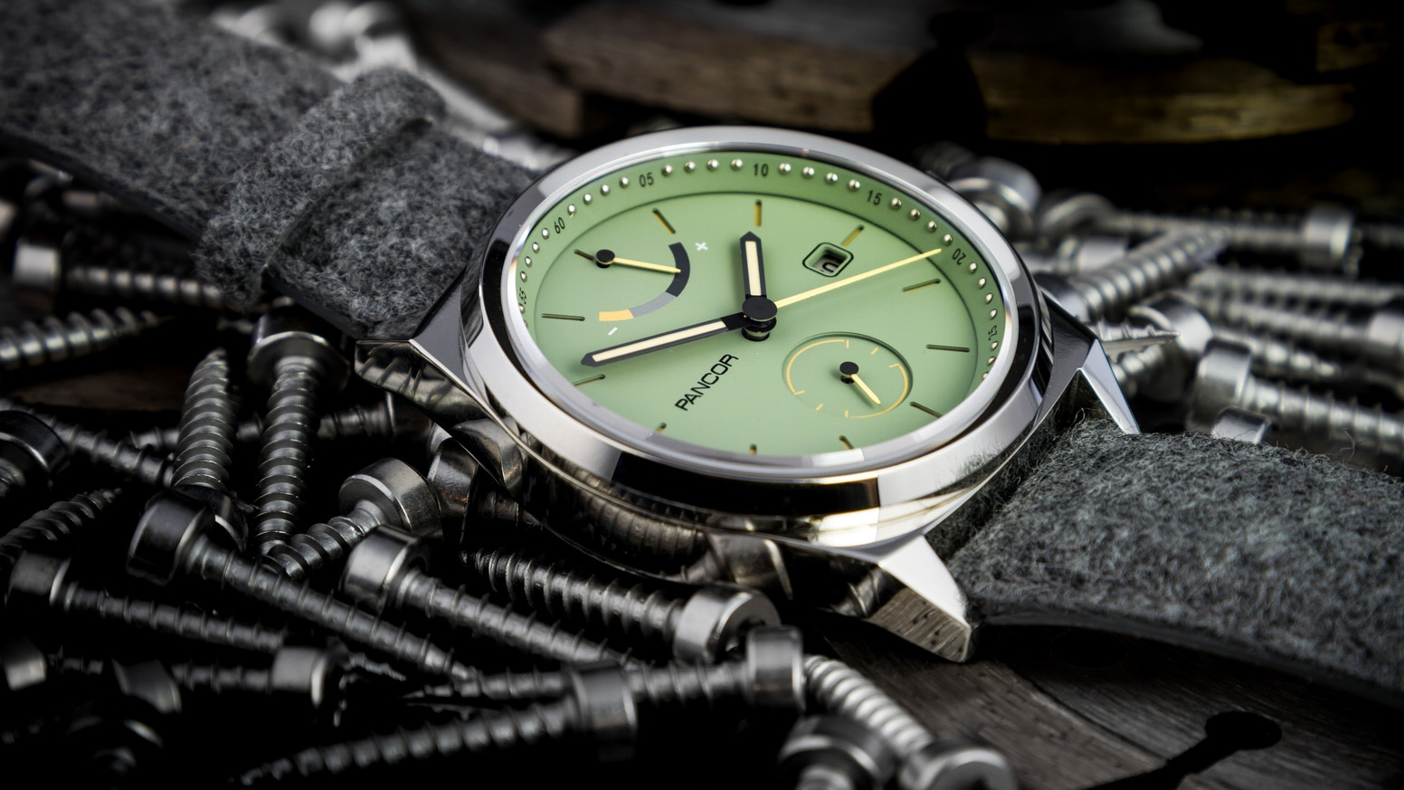 The P02 automatic watch by Pancor: Allround and contemporary