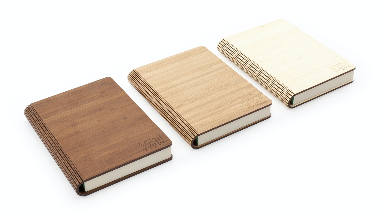 Beautiful and eco-friendly bamboo notebooks, available with plain, ruled, dotted or squared paper in a refillable format.