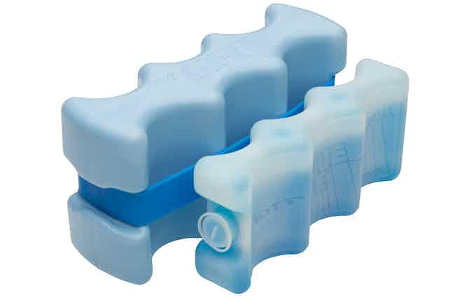 YAKET ICE is over 3lbs. vs. a typical 1lb beverage pack.  3lbs. vs. 1lb... no contest!