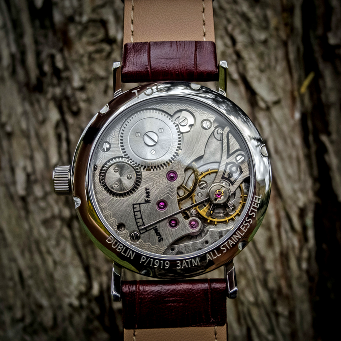 Toc19: Sapphire Glass Caseback With Exposed Hand Wound Seagull Movement