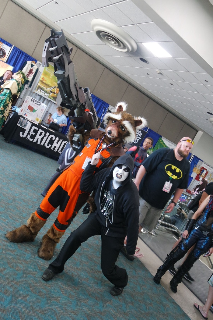 Rocket Raccoon and Ginosaji