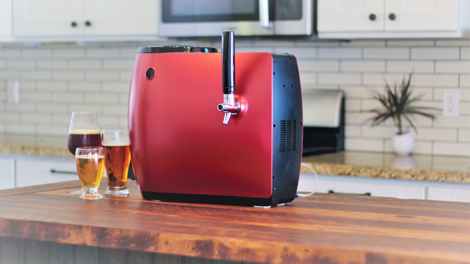 Brew your favorite craft beers with touch of a button and drink at its freshest taste ever!