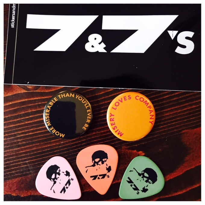 Sticker, Buttons & Picks