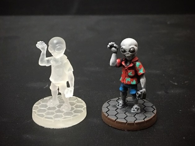 (Model supplied unpainted as shown on the left.)