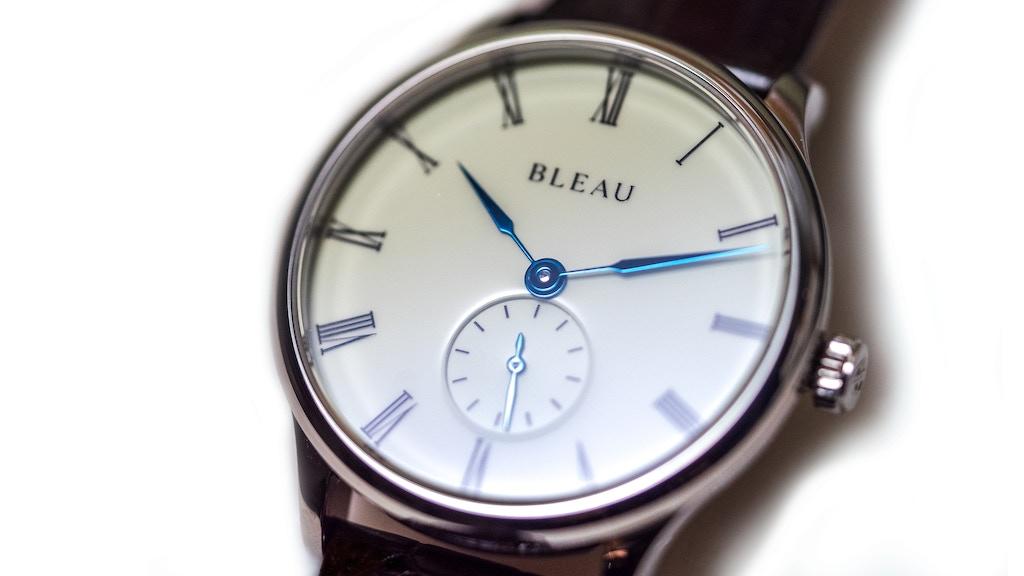 BLEAU : 39mm, cadran email, aiguilles bleuies et sellita pour 500€ 28a495b8d336a7cd35f5ee502a1d3541_original