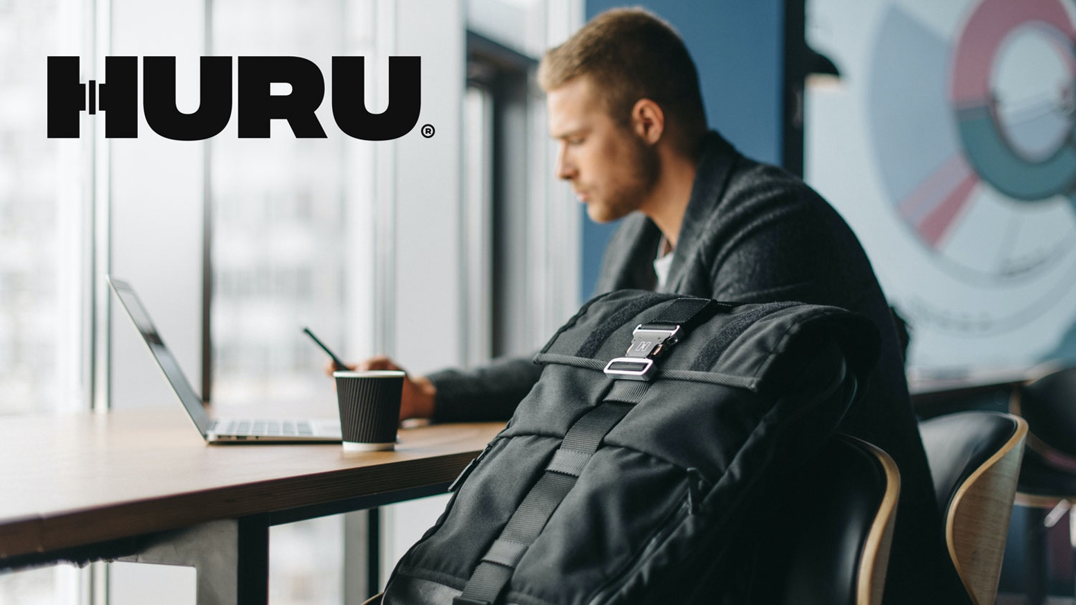 Built-in waist bag, rain hood for the owner and a lifetime warranty make HURU a smart and reliable companion for city and travel
