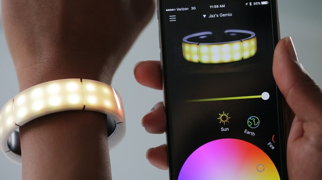 The Customizable Smart Band that Lights Up Your Night by Gemio