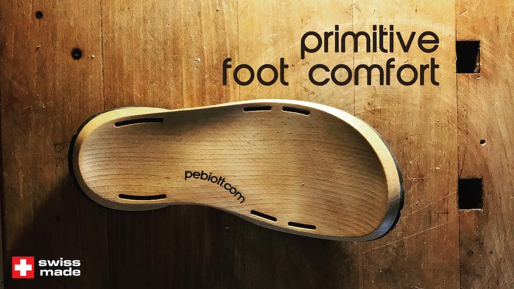 Pébiott - Artisanal wooden shoes - SWISS Made