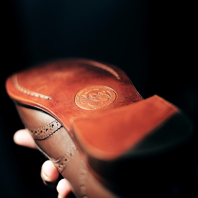 Sleek Italian leather sole