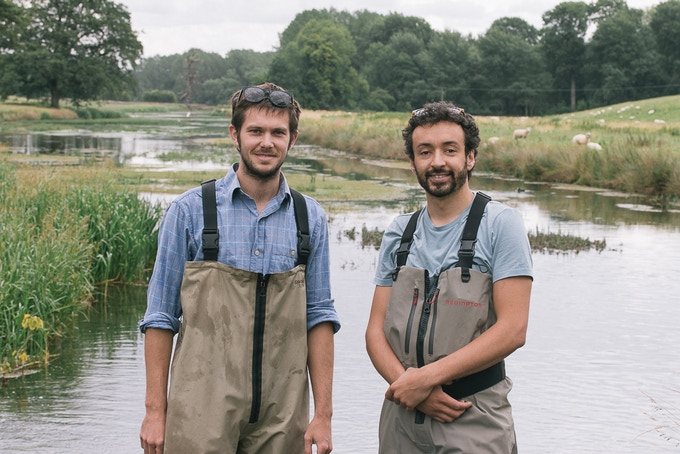 < James & Josh >