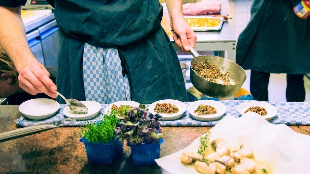 Aus Kiez und Küche: So isst BERLIN - Ein Kiezkochbuch project video thumbnail