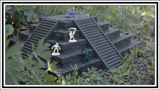 Heroquest figures to show scale
