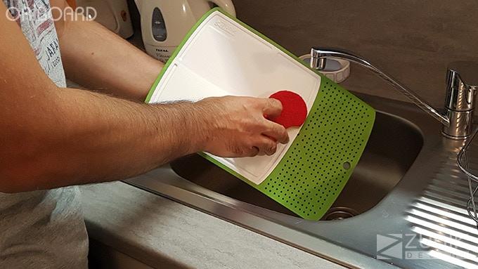 Easy to clean (FR: Facile à laver)