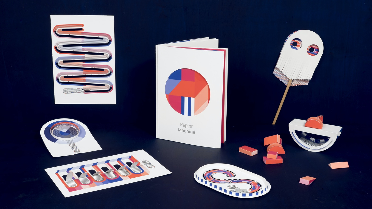 Papiermachine Vol0 The Interactive Electronic Paper Toy By Papier Electrical Mini Projects Circuit Machine Is A Diy Book Gathering 6 Toys That Will Help You Understand