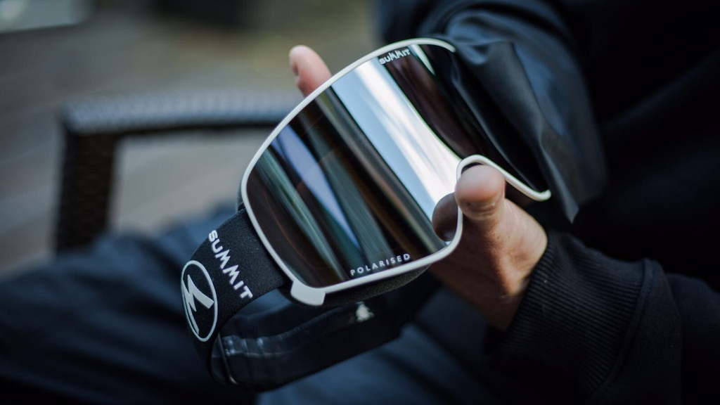 2018 Polarised Magnetic Lens Change Ski Goggles by Summit project video thumbnail