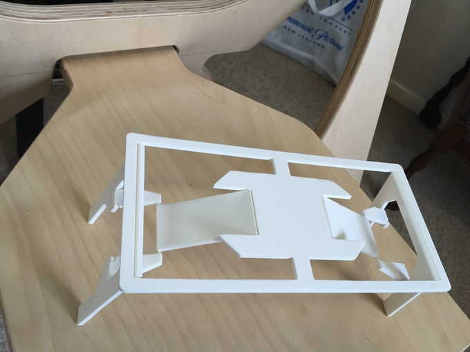 Early 3D printed version of the Snap Jack table.