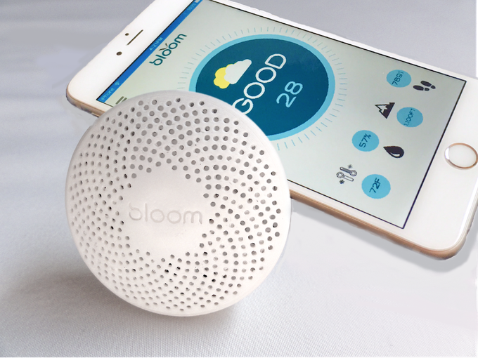 Bloom is wearable and apt for outdoor use, pairing with your smartphone via Bluetooth