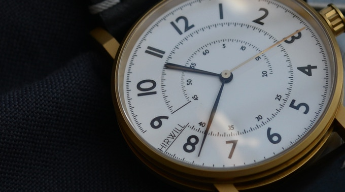 The dial design takes inspiration from vintage measurement tools