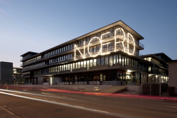 This is the FREITAG tarp headquarters in the North of Zürich and the homebase of your ZIPPELIN.