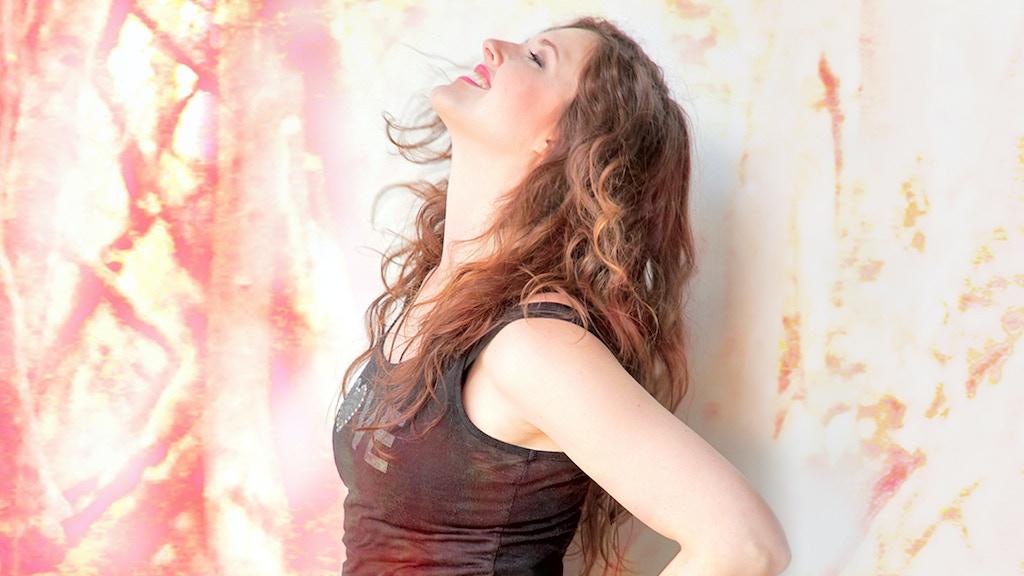 Halie Loren is making a new album! project video thumbnail