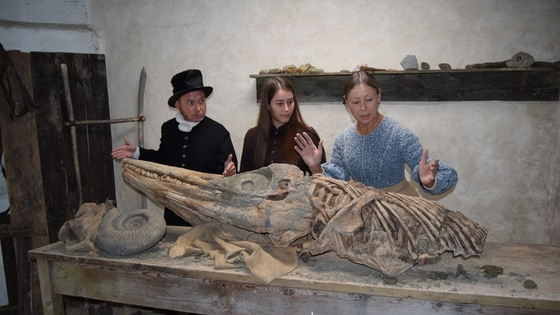 Mary Anning & the Dinosaur Hunters (Feature Film)