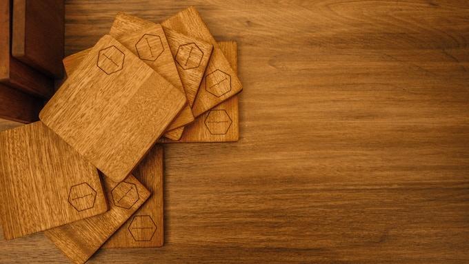theHabit cup mat: W10cm x D1cm x H10cm Material: Ebony