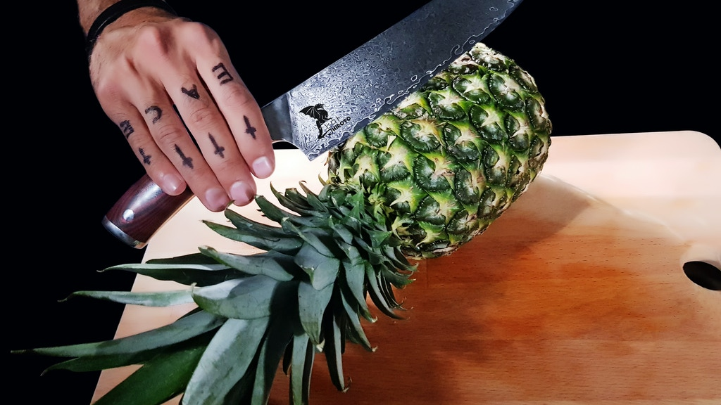 Hiroto Damascus Knife - An ideal kitchen partner project video thumbnail