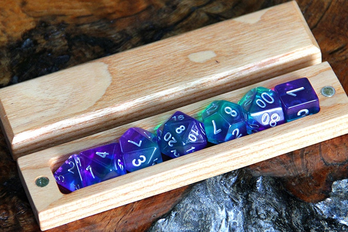 Red Oak Hero Sleeve with Unicorn Dice.