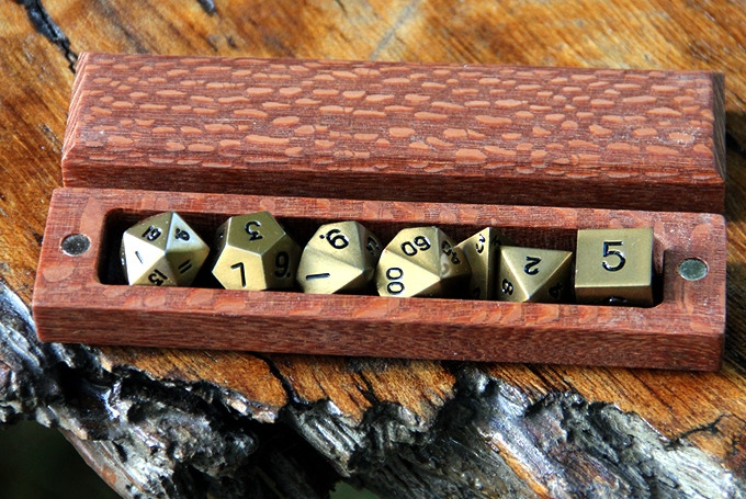 Lepardwood Hero Sleeve with Burnished Gold Dice