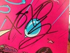 Sample Gerard Way signature