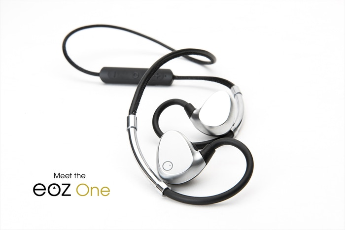 Crafted from leather and aluminium and powered with HR Audio. Ergonomically optimised and aesthetically designed, meet the EOZ One