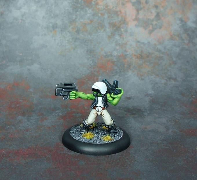 Commander £4