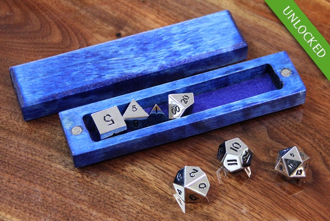 Flame Birch with Sapphire finish and Shiny Metal dice
