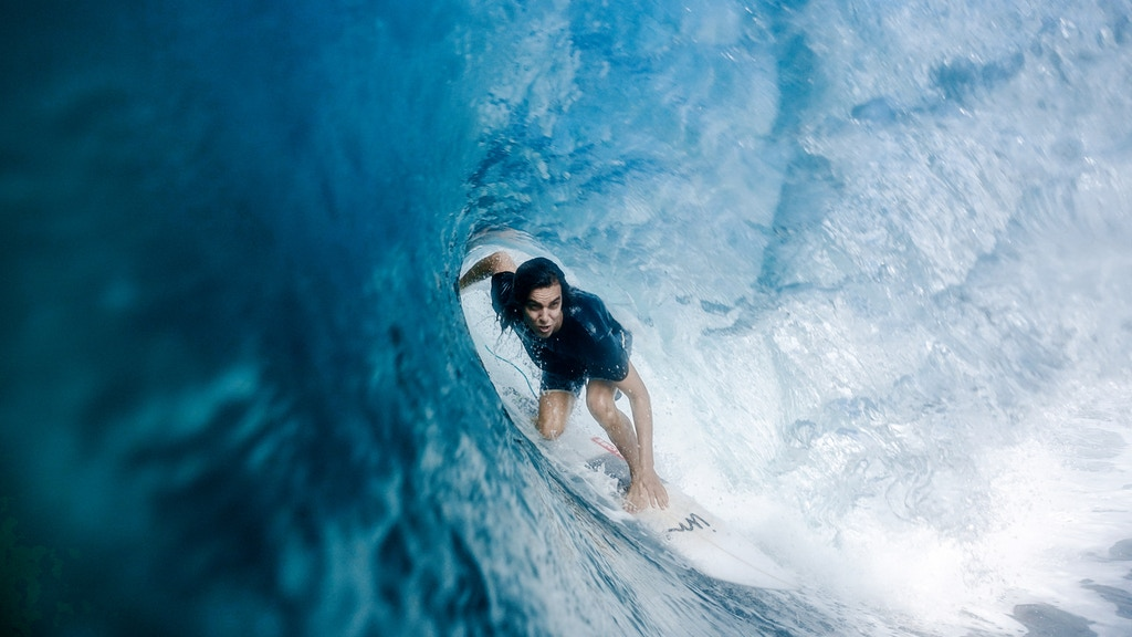 Fearless // The Story Of A Female Surf Photographer project video thumbnail