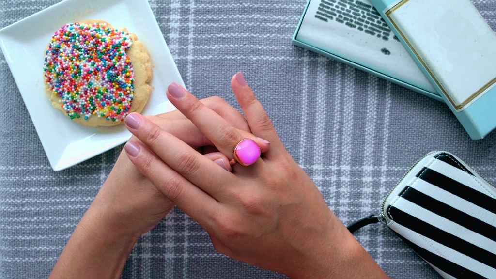 Blinq Smart Ring | Fine Jewelry - SOS Wearable project video thumbnail