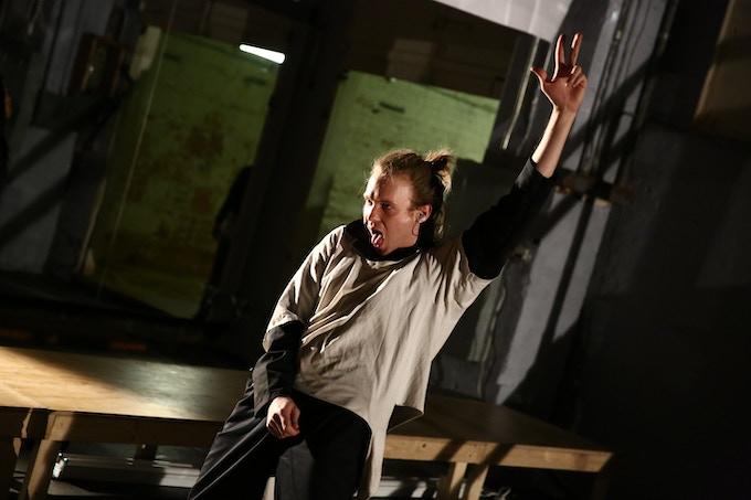 Seth Braley in Electric Lucifer workshop, © Paula Court