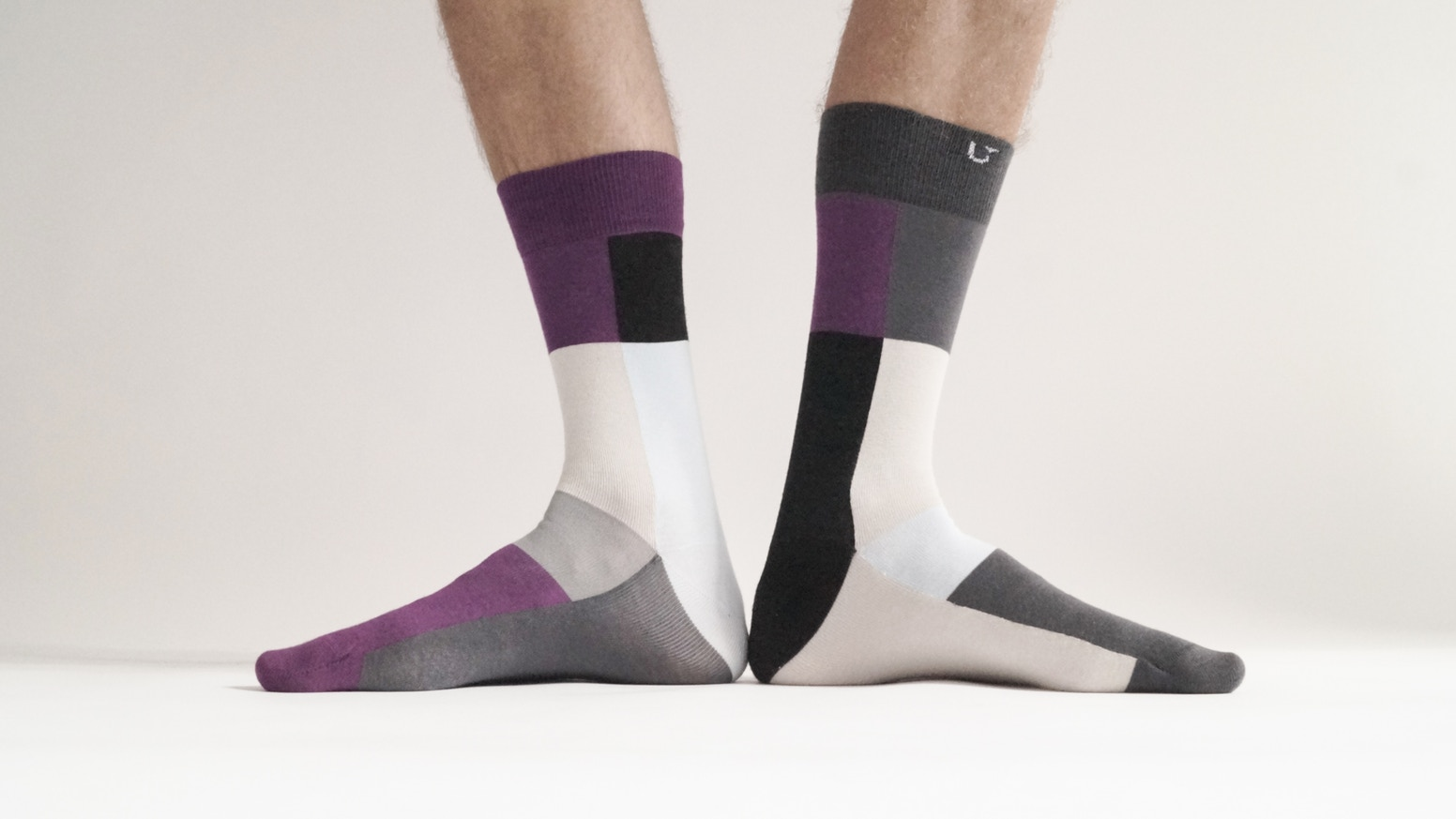 The first ever organic, sustainable, innovative, high-end, designer socks. No more pairing socks. No more wasting socks.