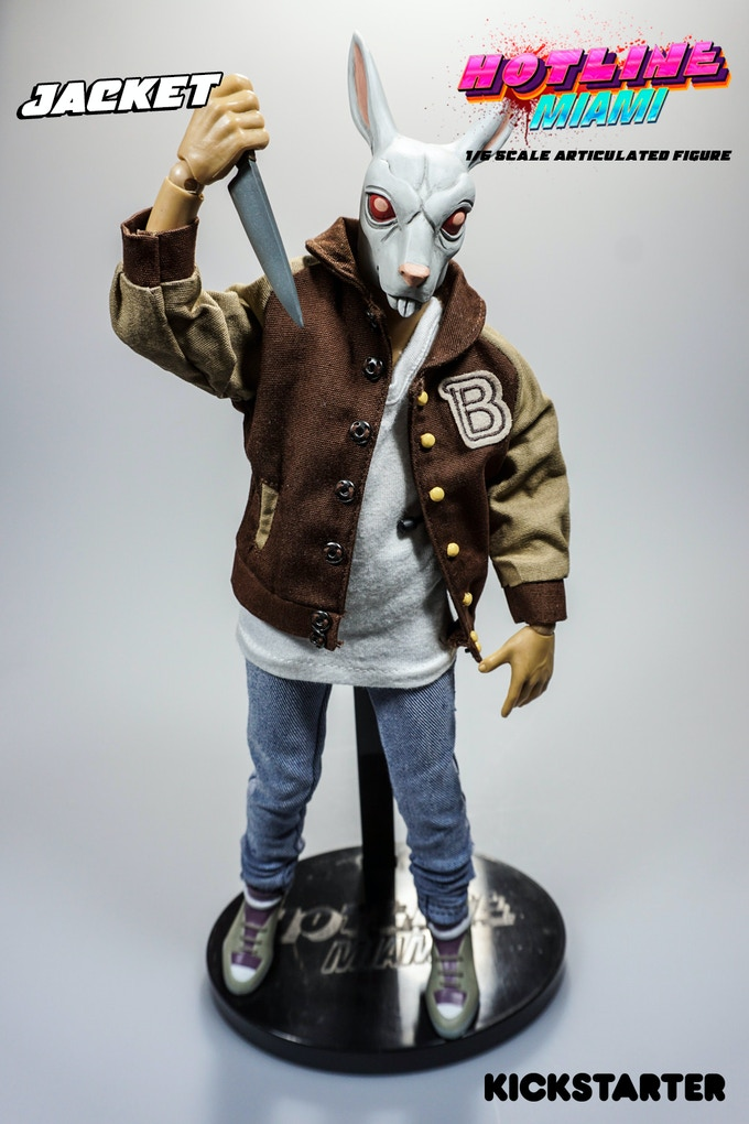 Jacket figure with Graham Mask & Kitchen knife set.