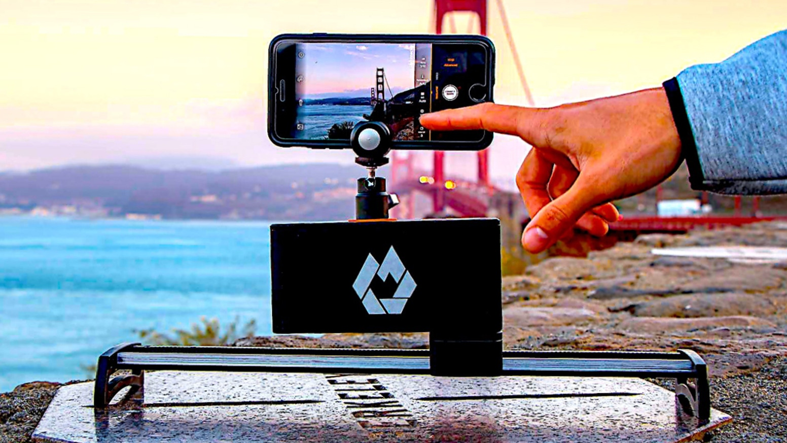 Add Life To Every Moment With The World's First Fully Automated Digital Slider For Your Smartphone, GoPro & Mirrorless Camera.