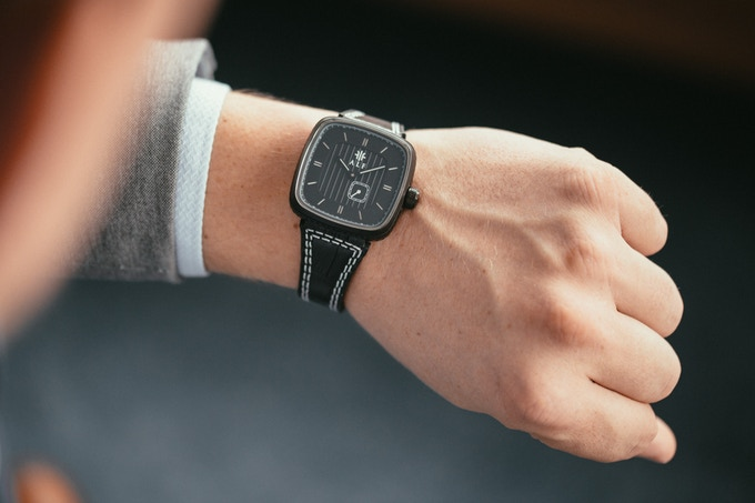 The 40mm case wears comfortably on every wrist