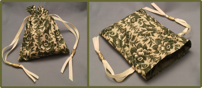 Daughter of the Revolution: Drawstring bag made with reproduction fabric from Daughters of the American Revolution
