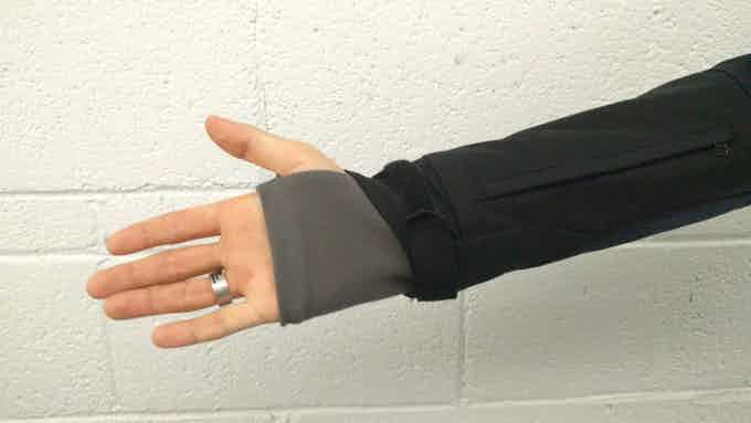 Extra cuff with thumbhole